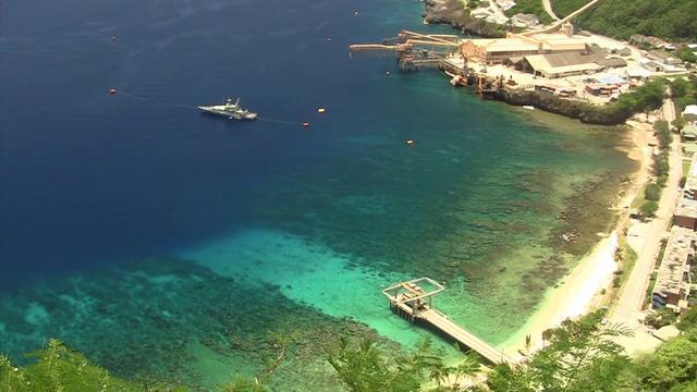 Flying Fish Cove p krismas