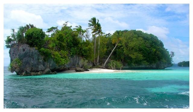 palau_rock_island1